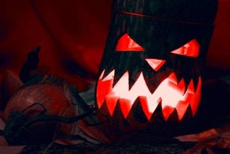 We all love to curl up with a good scary movie, but compared to horror films of years past they're just not as scary as they used to be. Find out why as we examine the downfall of scary movies.